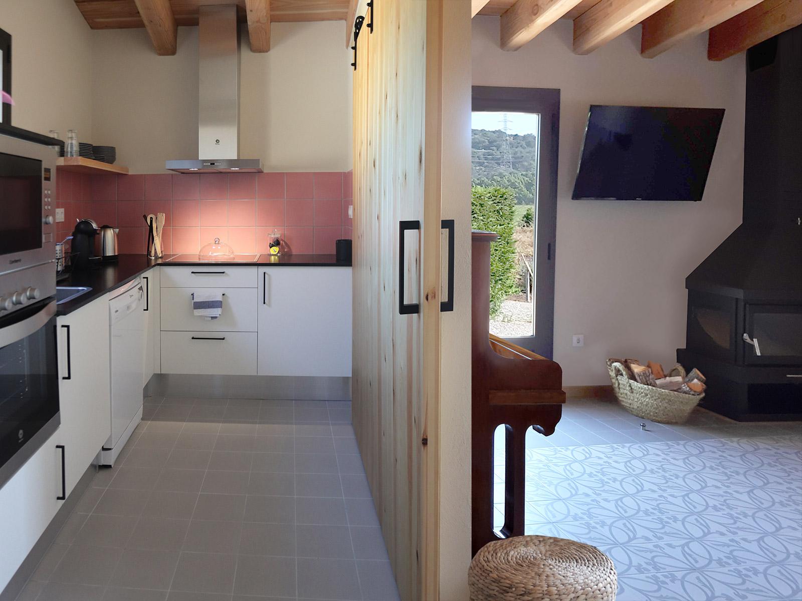 CAN PARES casa turisme rural Girona Sant Gregori Cuina