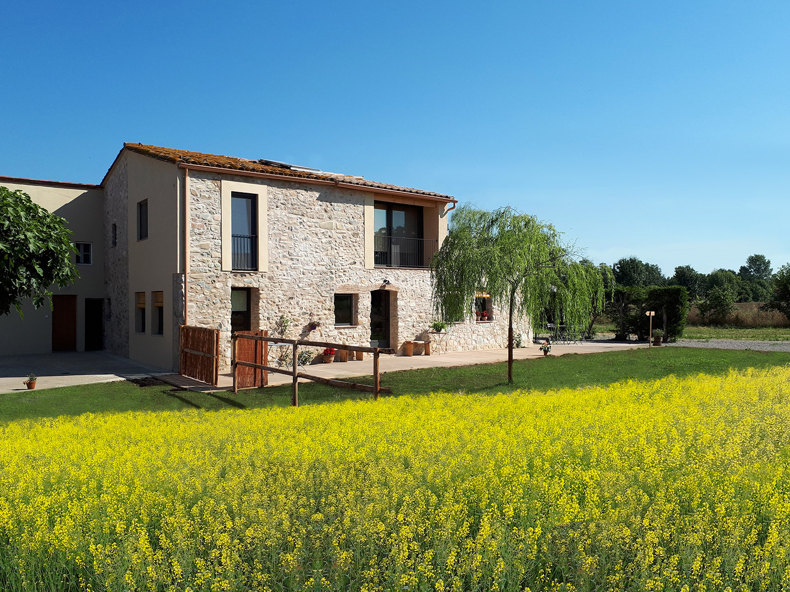 CAN_PARES_casa_turisme_rural_exterior