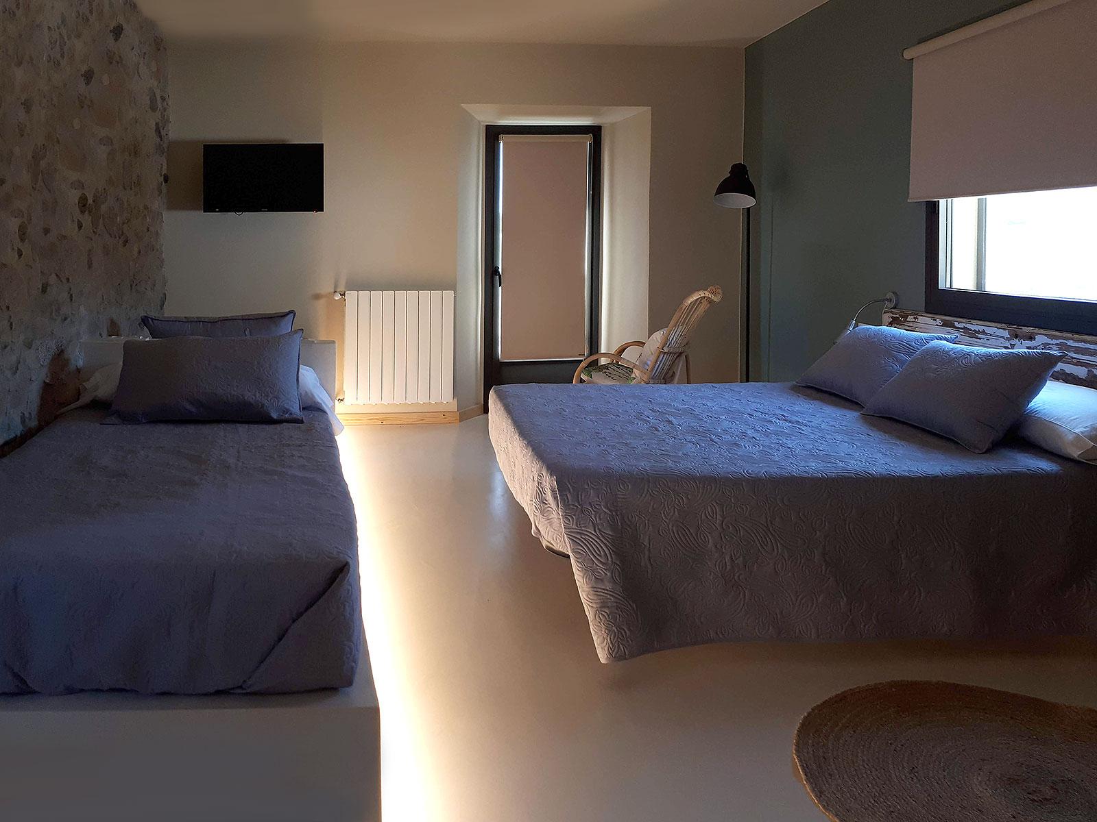 CAN PARES casa turisme rural Girona Sant Gregori Habitació Les Figues