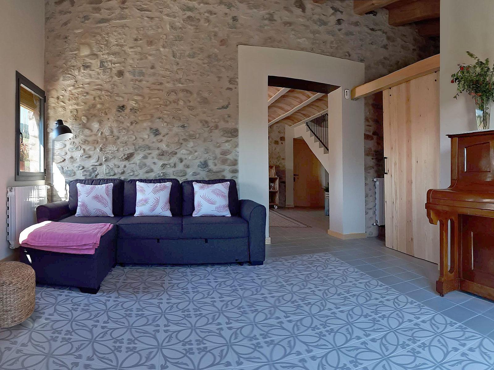 CAN PARES casa turisme rural Girona Sant Gregori Sala Estar